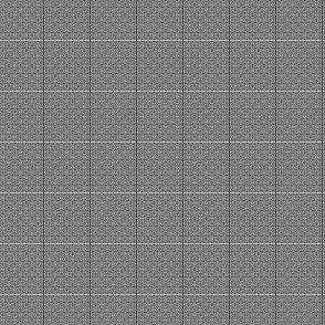 1:6 Greek Labyrinth-White On Black