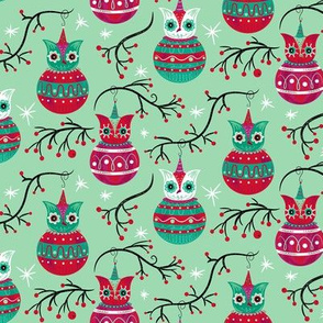 Cherry_Mint_Owl_Ornaments