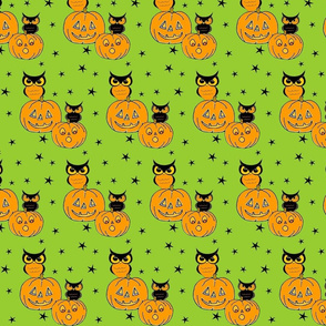 Owls on jack o lanterns Green