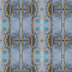 ABSTRACT FLOWER DESIGN E