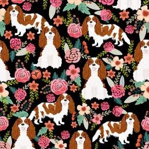 cavalier king charles spaniel dog florals fabric cute dog design - blenheim - black