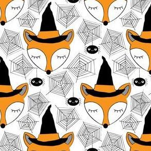 halloween-sleeping-foxes