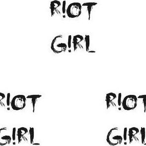 riotgirl_black