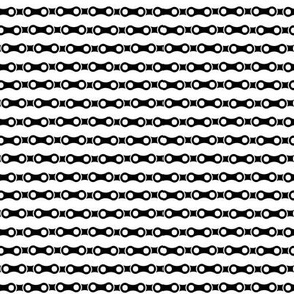 Bicycle_Chain_-_Black_and_White