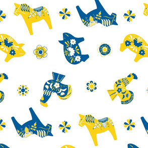 Swedish Dala Animal Farm Bue Yellow