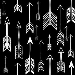 "21"" White & Black Rustic Arrows"