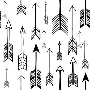"18"" Black & White Arrows"