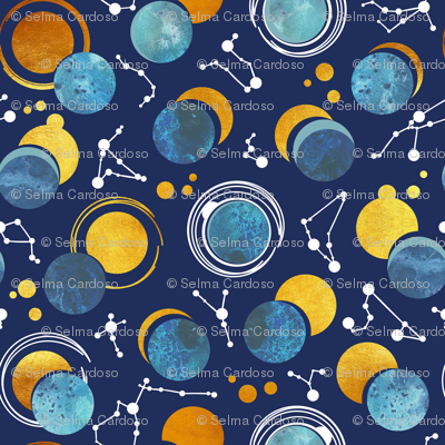Great Total Solar Eclipse // blue navy background blue moons golden sun reflections white constellations