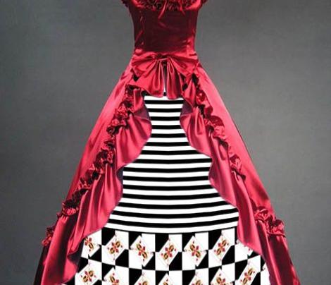 Queen of Hearts Black Stripes Border Print