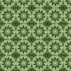 Green Floral Doily 2366