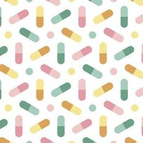 06764298 : R6 pills 3 : pastel