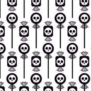 Skull Candy - White