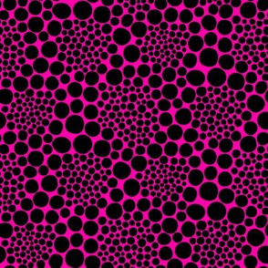 KUSAMA - black on pink