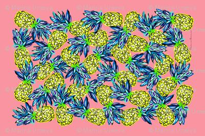 pineapples_on_pink_tea_towel