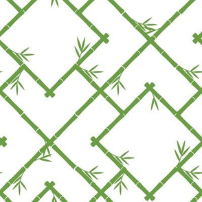 Bamboo Chinoiserie Lattice in White + Grass Green