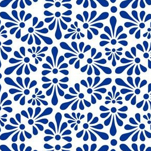 Talavera Fan Motif - Blue on White