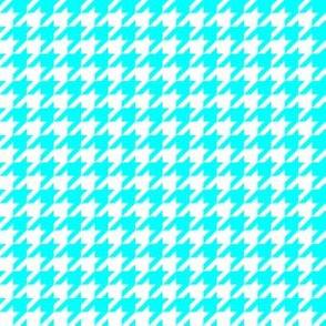 Half Inch Aqua Blue and White Houndstooth Check