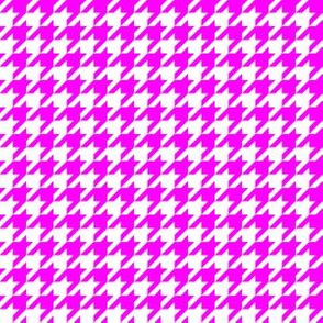 Half Inch Pink and White Houndstooth Check