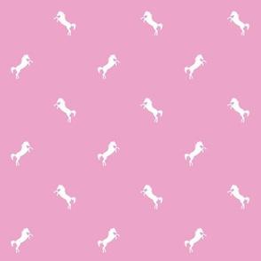 Horsey_pink