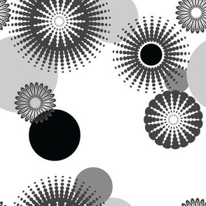 Sparkling Circles - 8in (black)
