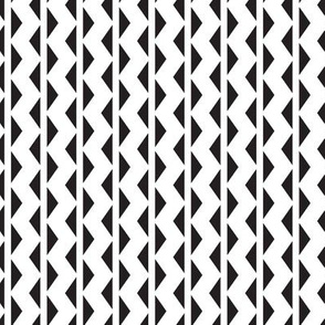 Triangle Geo Stripes // Black & White