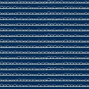 frilly stripe white/navy blue