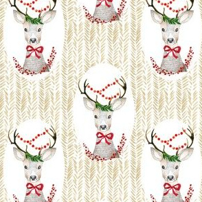 "4"" Holiday Fancy Deer / Tan background"