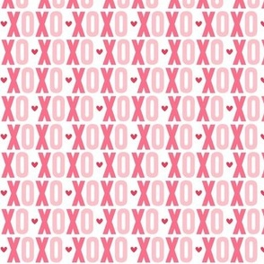 xoxo // pink + red hearts