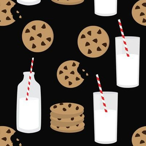 Milk and Cookies // Black