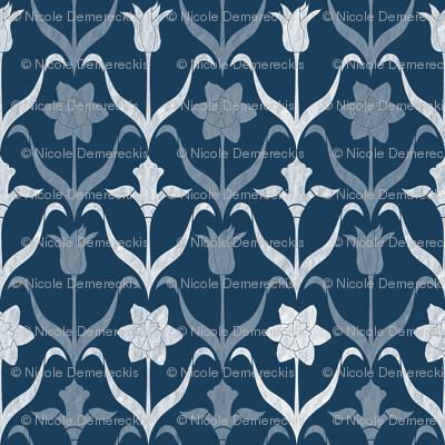Spring Flower Bulbs in Bloom lrg Navy White