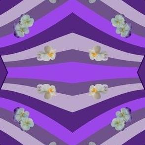 Purple_w_pansies_20x20