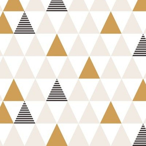 Striped Triangles Beige