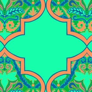 Boho bee ogee in green and peach