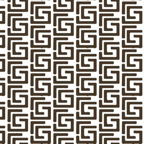 Maze in Brown on white