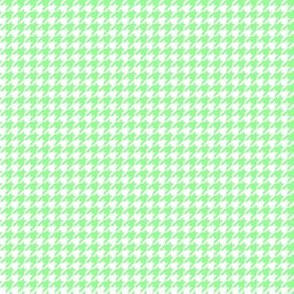 Quarter Inch Mint Green and White Houndstooth Check