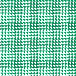 Quarter Inch Shamrock Green and White Houndstooth Check