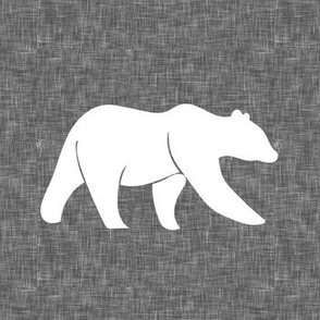 "7"" quilt block - bear on grey linen"