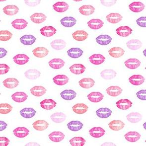 (small scale) smooches - kisses - multi