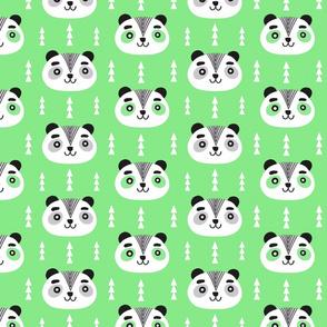 PANDAS_4BLUESF-GREEN