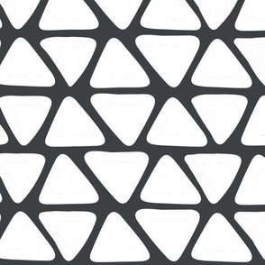 triangles_white_on_black