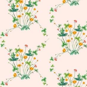 Meadow Diamond Orange Crimson on Pale Peach