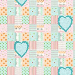 Sweet Treats quilt Vert10 - fuzzy hearts - turquoise
