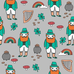 leprechaun // st. patrick's day good luck irish four leafed clover rainbows grey