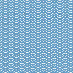 Blue and White Wave Pattern