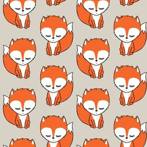 little fox - beige