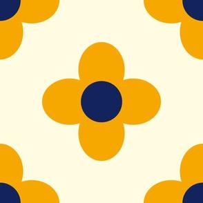 Retro Summerflower Orange Offwhite Medium