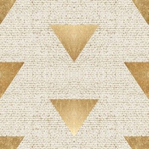 EARTHEN TRIANGLE GOLD