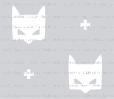 batmask + tiny white grey