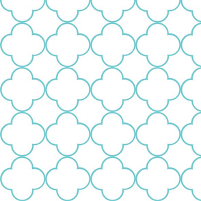 quatrefoil 2 Medium -  white aqua