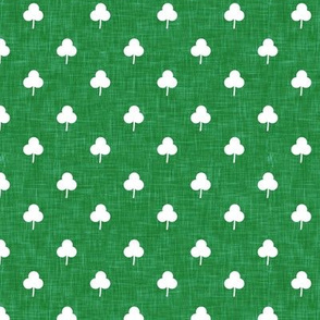 (small scale) simple shamrock on green